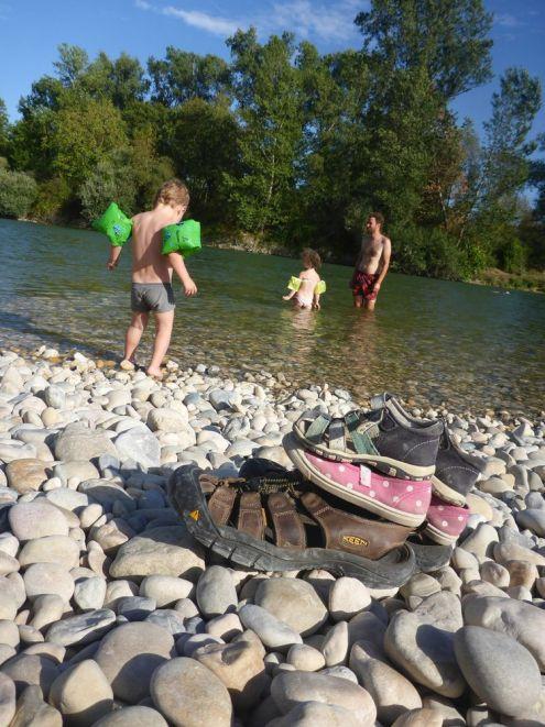 Baignade dans l'Ain | Bathing in the Ain river