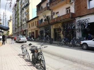 Magasin de vélos à Tirana | Bike market in Tirana
