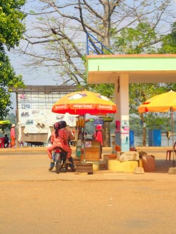Stung Treng : pompe à essence | Gas station