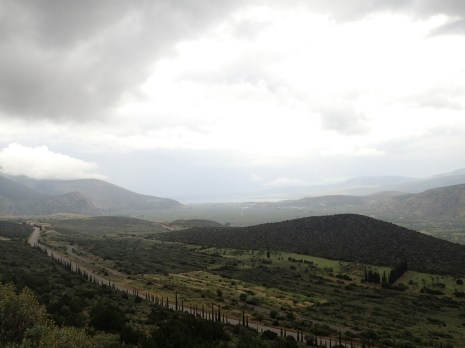 Route vers Delphes | Road to Delphi