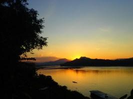 Luang Prabang : coucher de soleil sur le Mékong | Sunset on the Mekong river