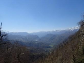 En descendant dans la vallée la vue est magnifique