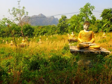Hpa-an : Les milles bouddhas | The thousand of Buddhas