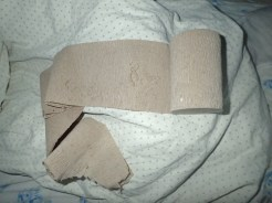 Papier toilette tadjik avec copeaux de bois | Toilet paper with shaving of wood