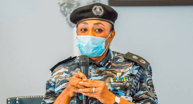 Oyo Police Arrest 12 Suspected Criminals, Recover Several Arms<br>