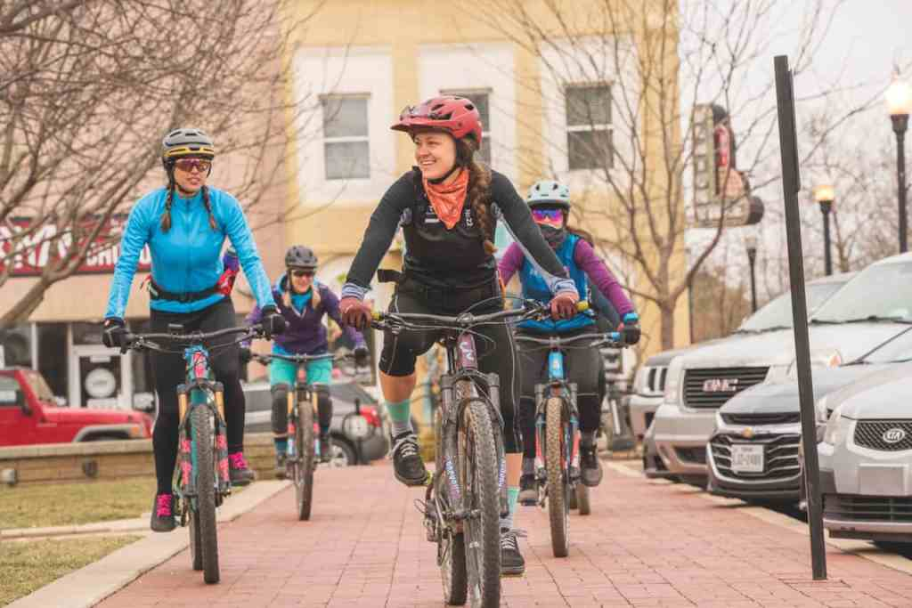 Women of Oz | Spotlight - Ozark Cycling Adventures, Cycling news and Routes in Northwest Arkansas NWA