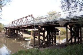 Mungindi-Bridge
