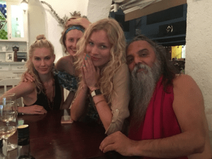 BRYNDIS HELGADOTTIR & OZEN RAJNEESH love affair - group dinner