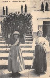 portatrici di legna, Amafi italia