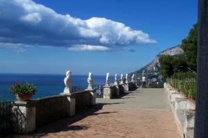 Villa Cimbrone Terrazza dell'Infinito (Terrace of Infinity)