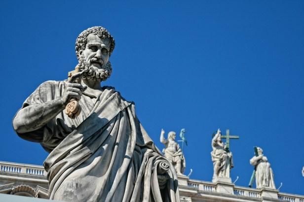 Italya Roma Vatikan Saint Pierre Heykel