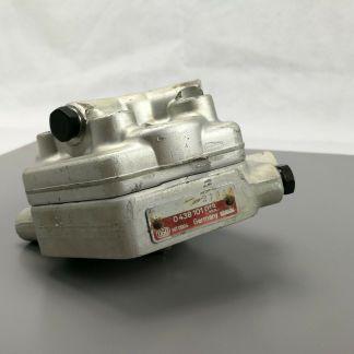 MERCEDES-BENZ 190E 260E 300E 300SE 300TE BOSCH Fuel Distributor 0438101012 OEM