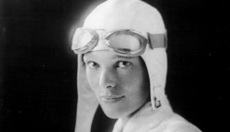 Amelia Earhart, Aviatrix Adventurer