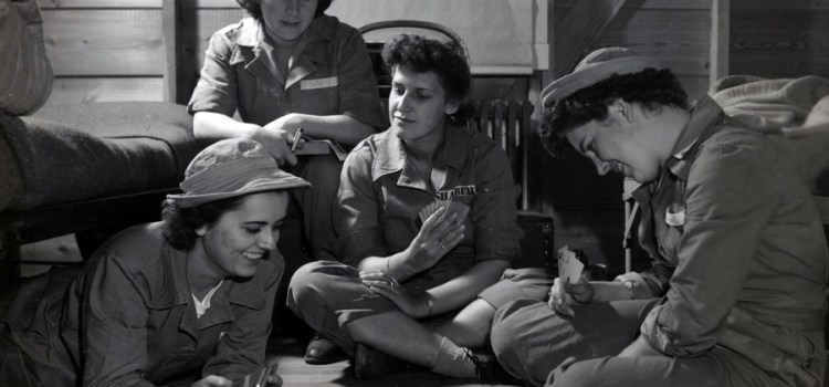 Charlotte Mansfield, WWII photographer