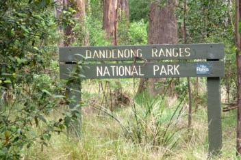 dandenong ranges sign