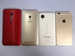 Zenfone 2、Zenfone 5、Nexus 5、iPhone 6を横に並べて大きさを比較した写真