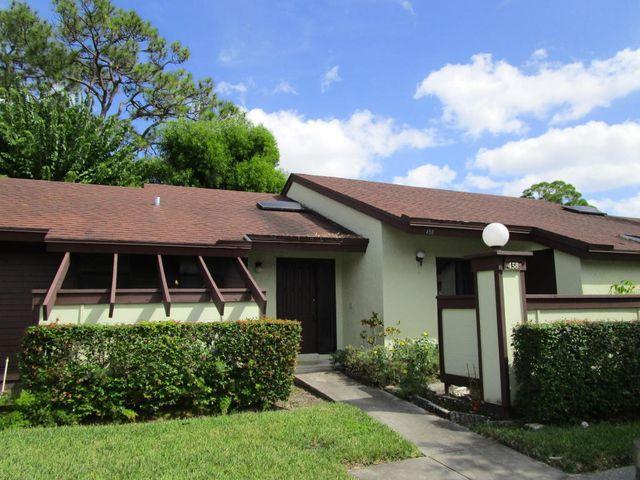 458 Knollwood Ct, Royal Palm Beach, FL