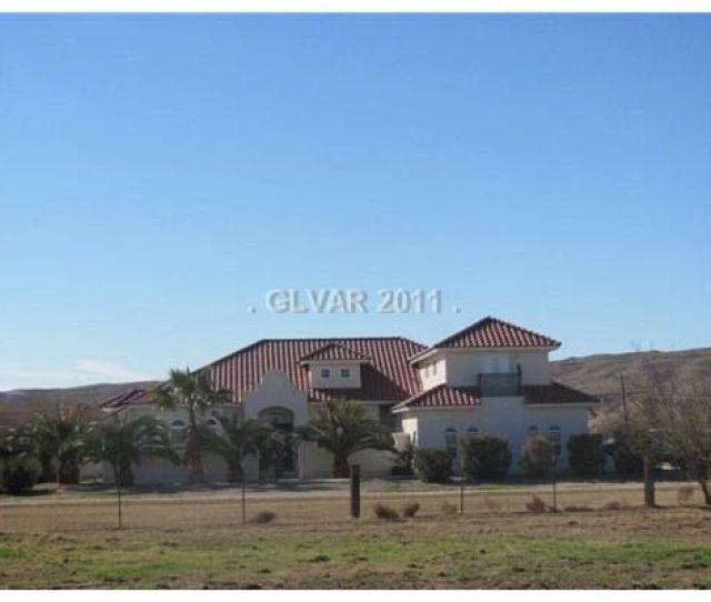 1535 Curtis Hacienda Cir Logandale Nv 89021