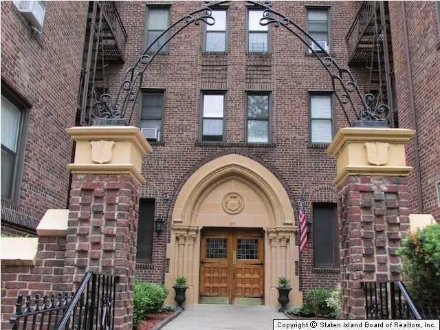 215 Hart Blvd Apt 4 K Staten Island NY 10301
