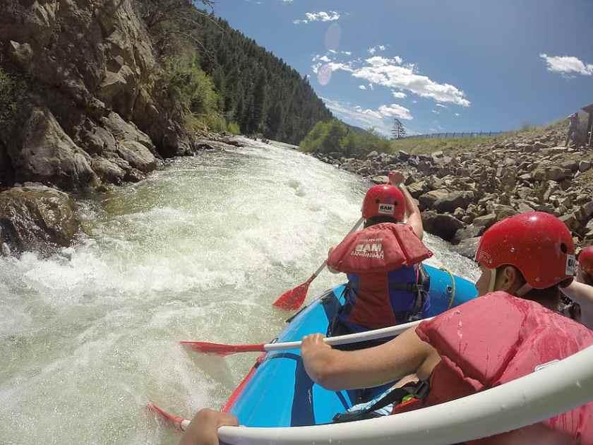 água Branca, rafting, rio, agua, esporte, aventura, remo, jangada, barco,  capacete, Diversão   Pikist