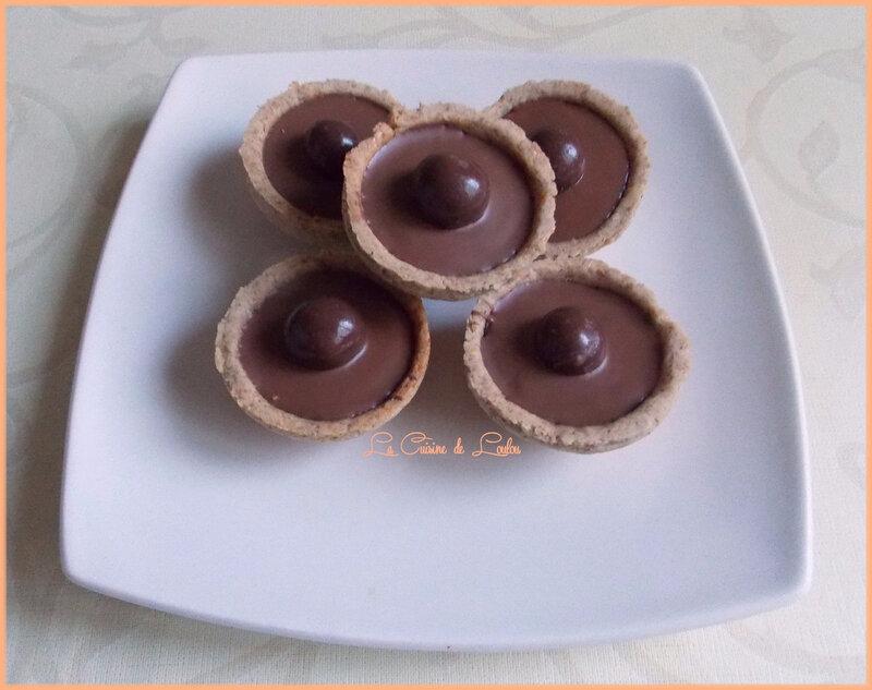coques-fourrees-noisettes-et-chocolat1