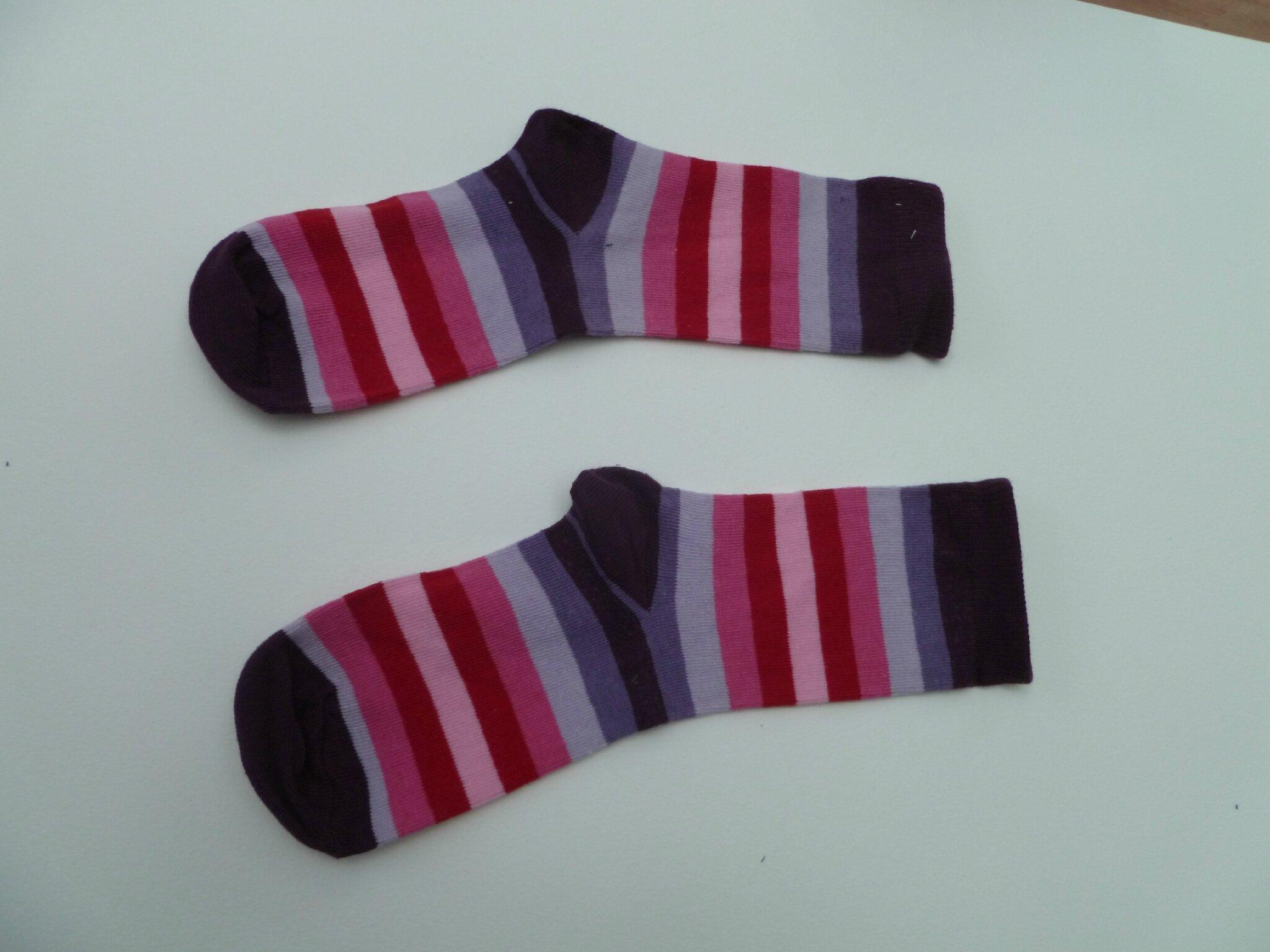 comment une paire de chaussettes devient un sock monkey