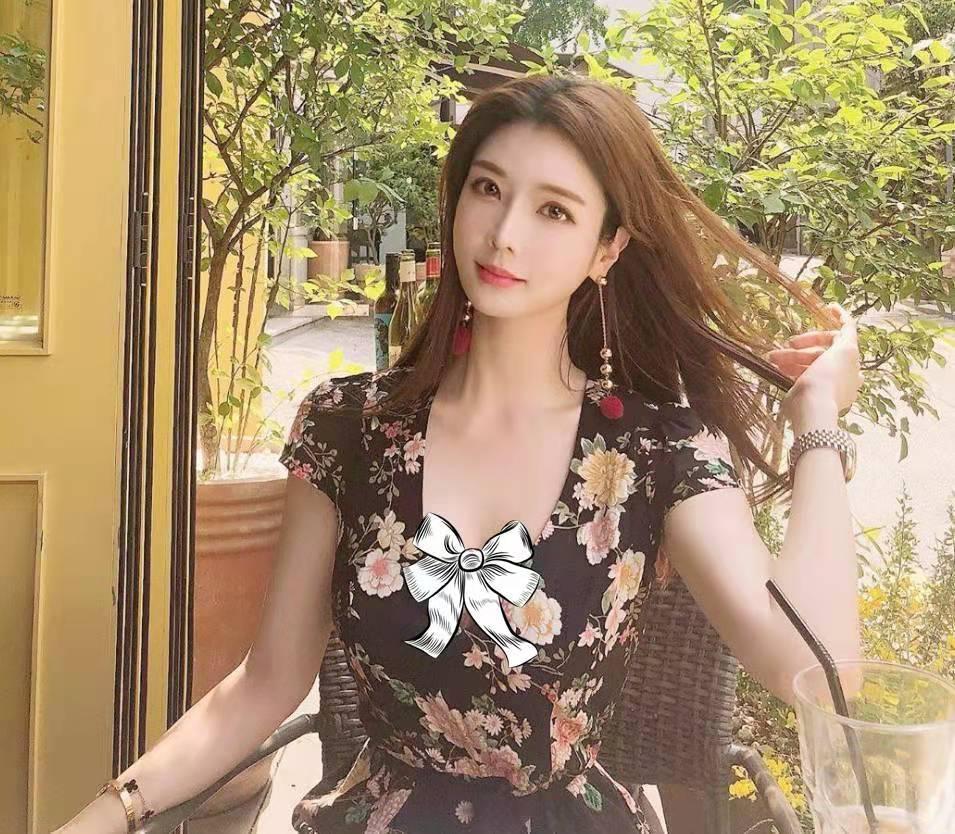 韓國健身女神 花容月貌魔鬼身材 潮流印花搭配出韓式時髦范