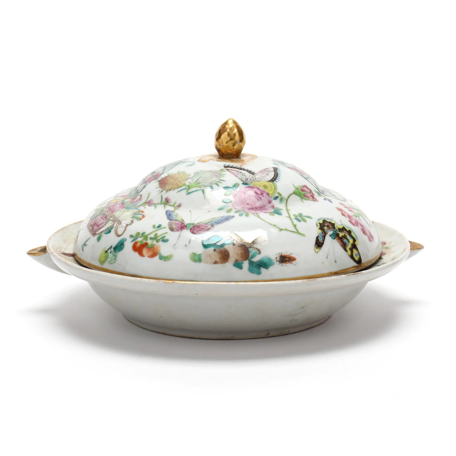 A Chinese Famille Rose Porcelain Warming Dish with