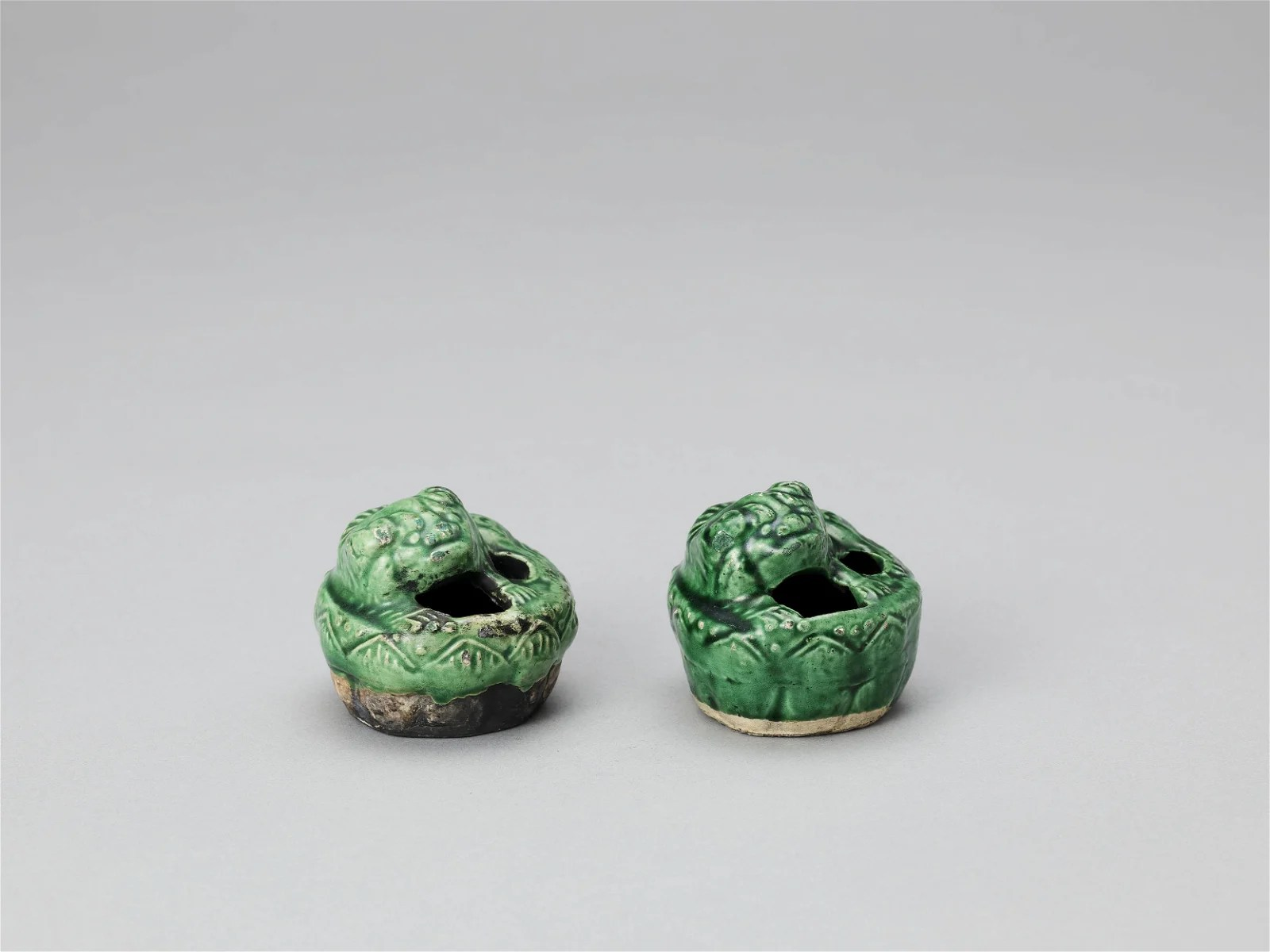 A PAIR POTTERY BUDDHIST LION WATER DROPPERS,KANGXI