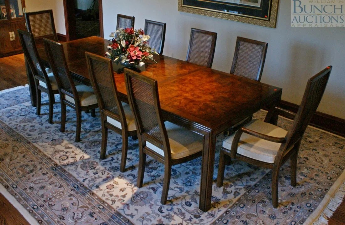 583: Henredon Asian Style Dining Room Table With 10 Cha