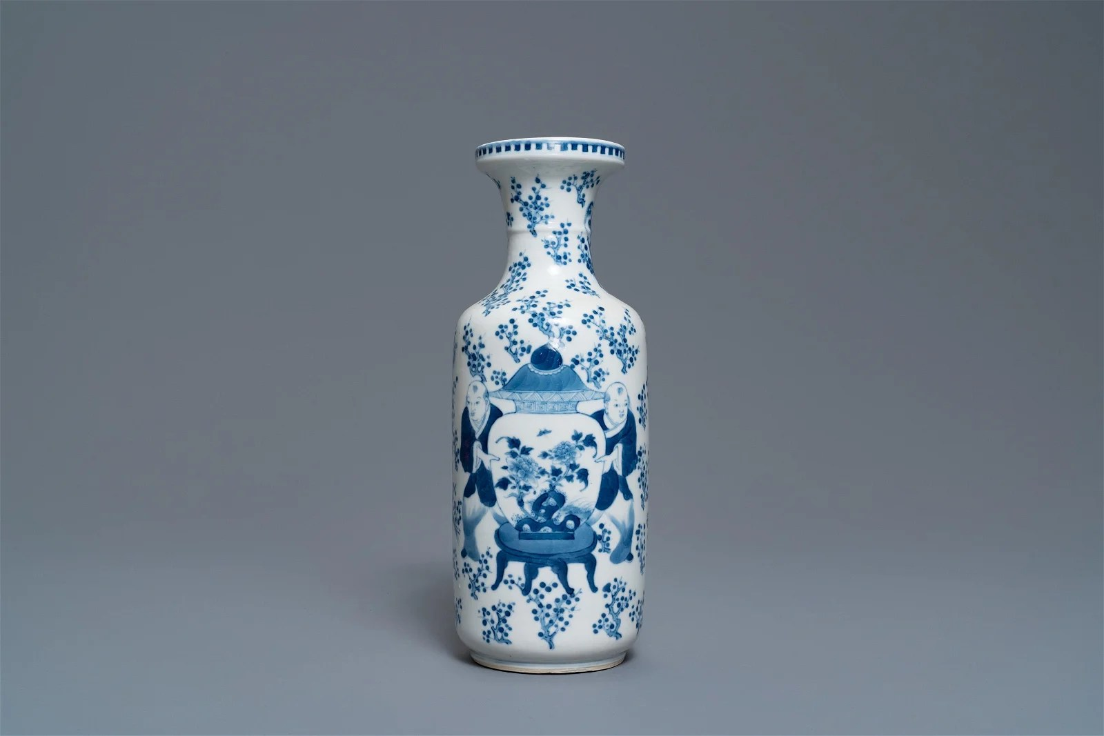 A Chinese blue and white rouleau vase, Kangxi mark,