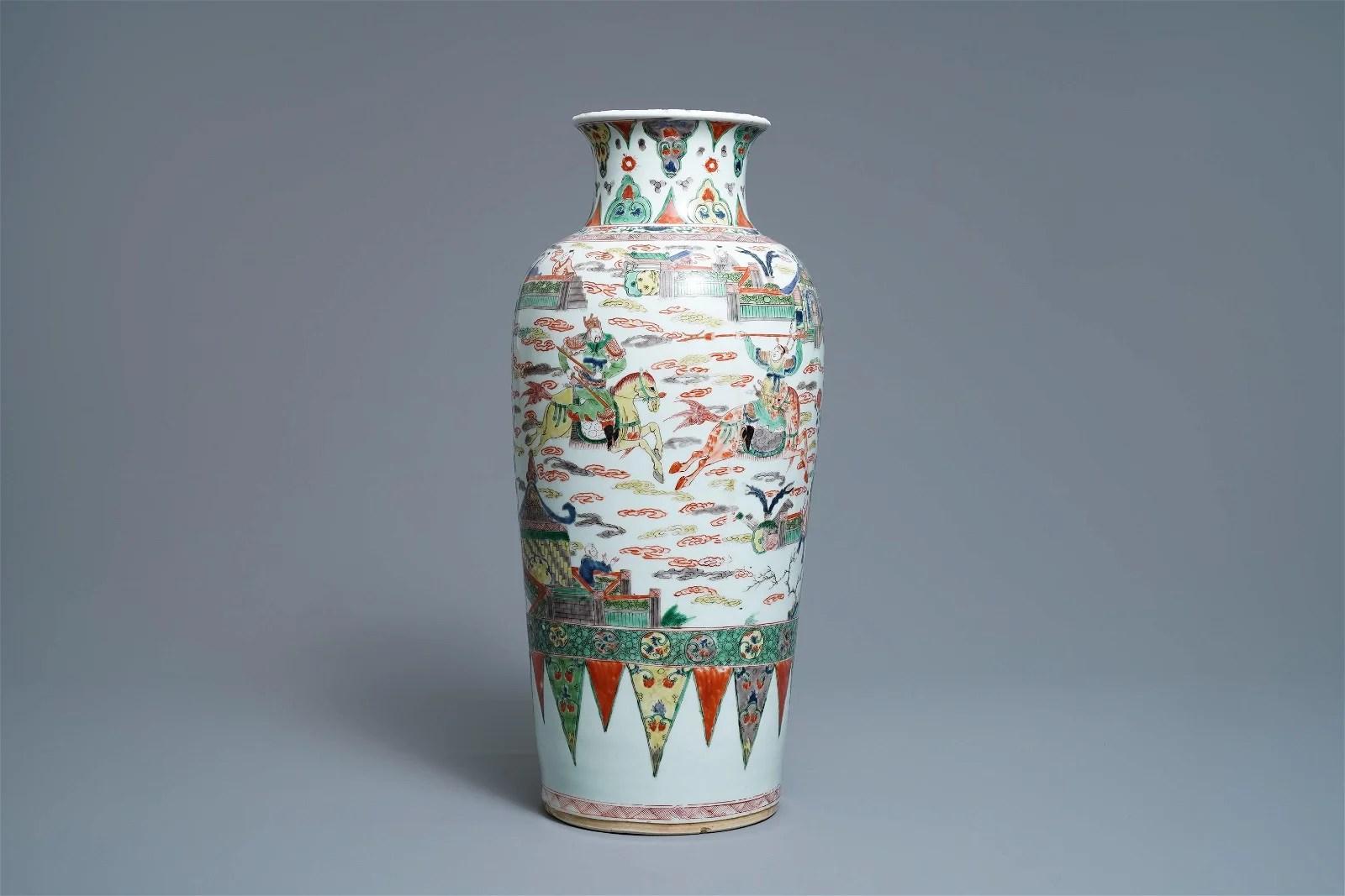 NO ONLINE BIDDING A Chinese famille verte vase, Kangxi