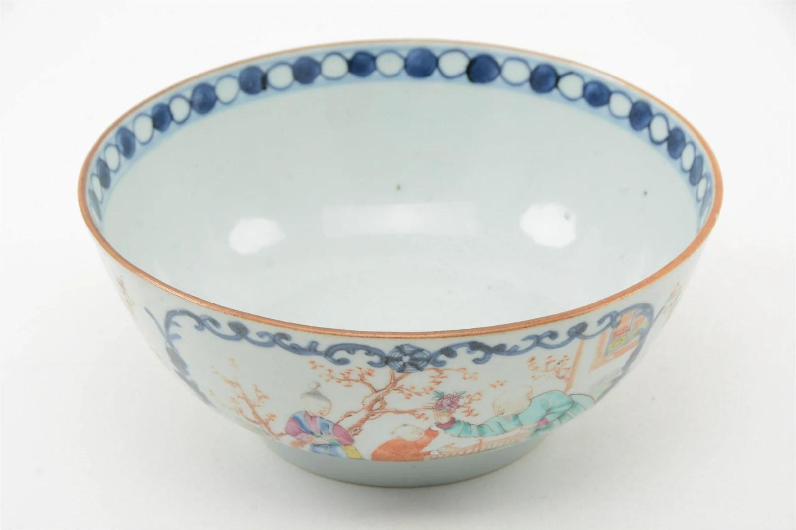 Chinese Export Mandarin Decorated Bowl