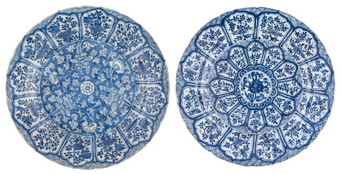 Two Chinese blue and white plates, both sides floral