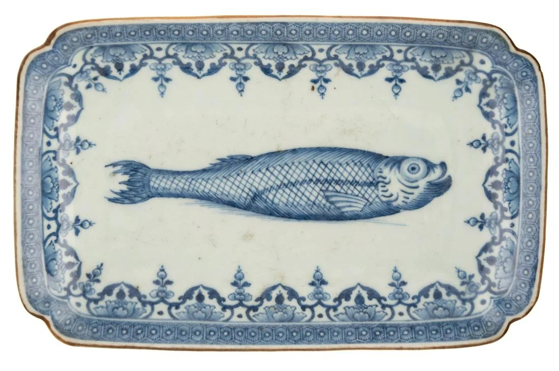 A Chinese blue and white herring dish, Qianlong, H 2,5