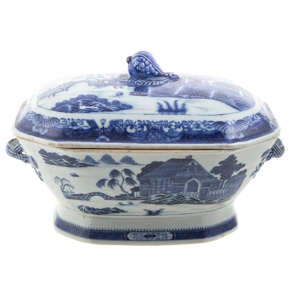 Chinese Export Soup Tureen, Log Cabin Pattern