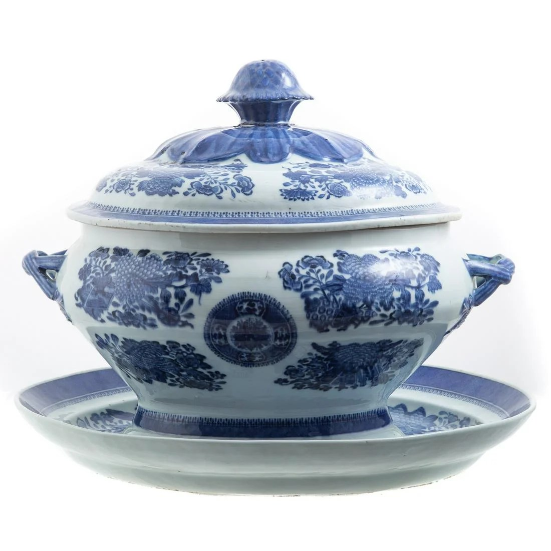 Chinese Export Blue Fitzhugh Tureen/Underplate