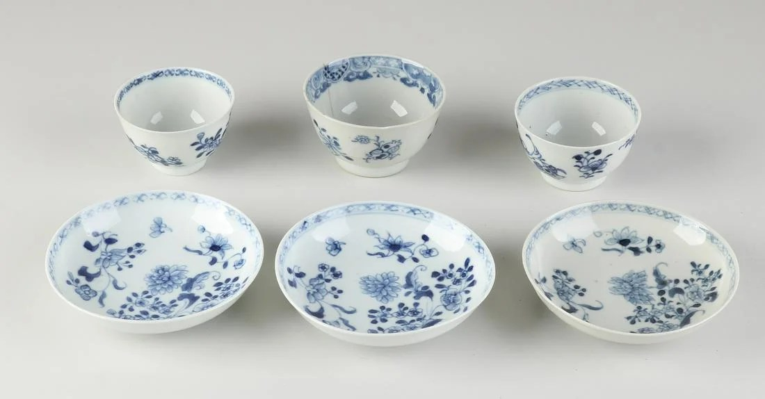 Three parts 18th century Chinese porcelain