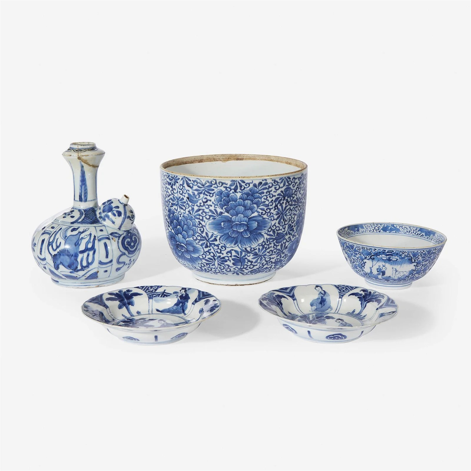 "Two small Chinese blue and white ""Meiren\"" dishes,"