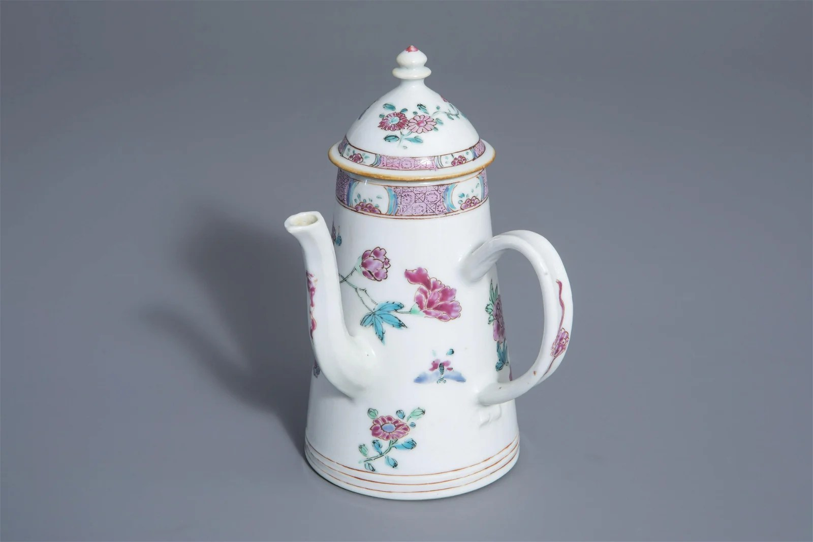A Chinese famille rose coffee pot with cover with