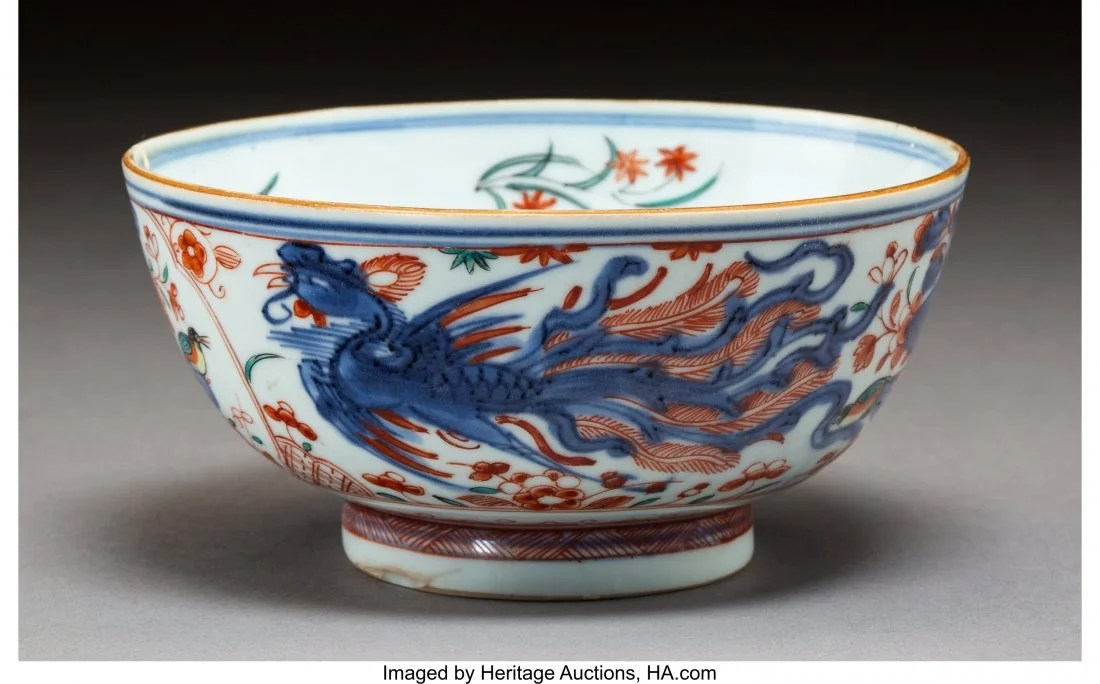 78116: A Chinese Clobbered Porcelain Bowl, Qing Dynasty