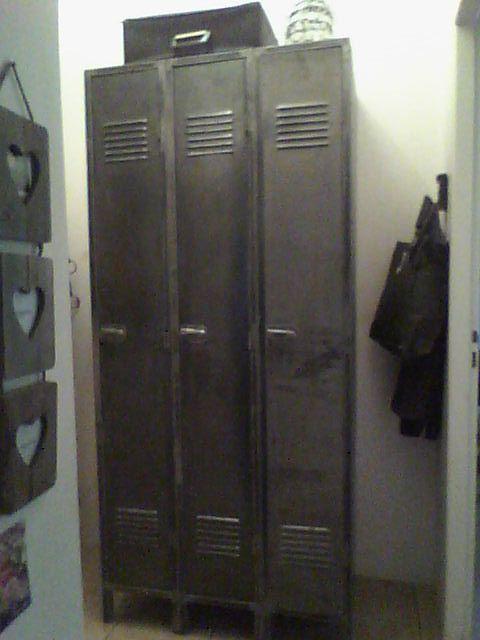 armoire metallique vestiaire 3 portes