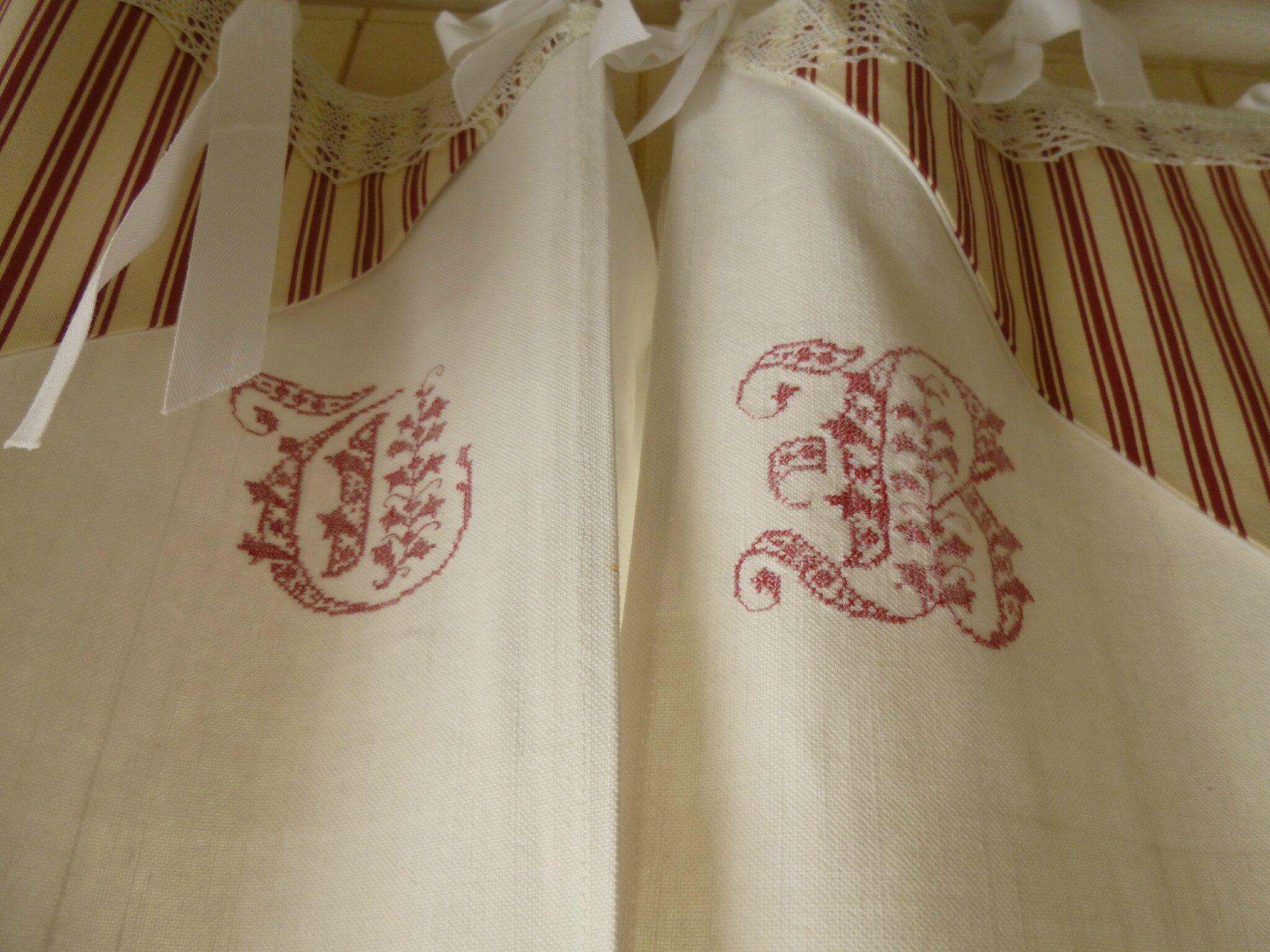 double rideaux draps anciens aux fils