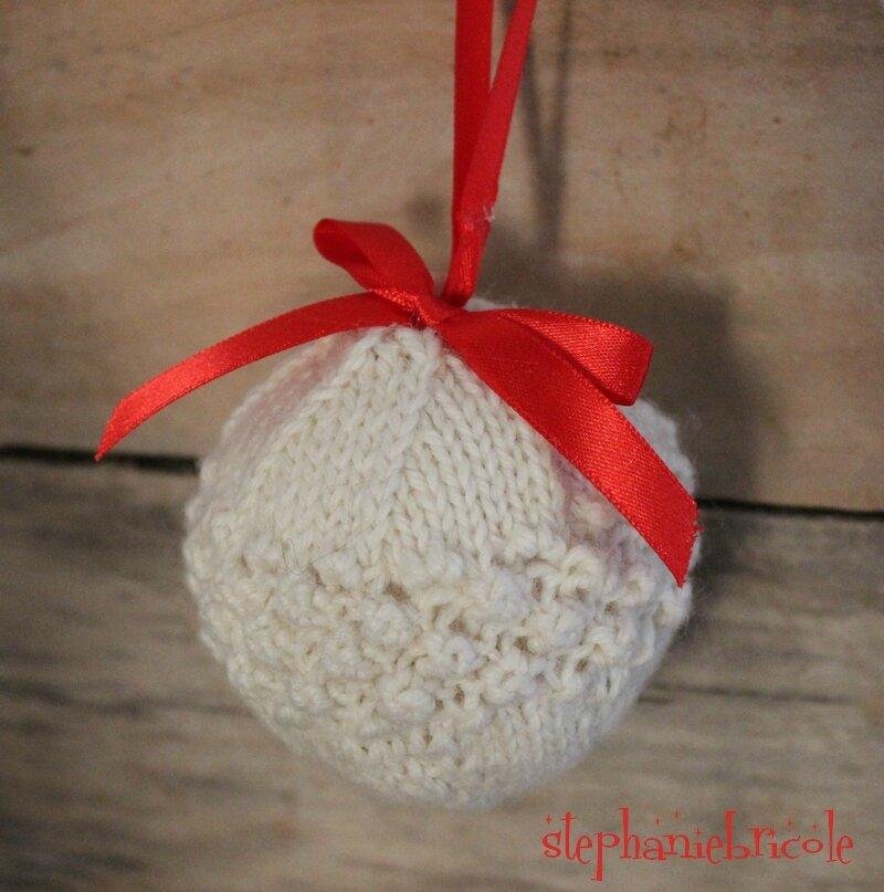 Comment Tricoter Une Boule De Noel Pour Le Sapin Stephanie Bricole