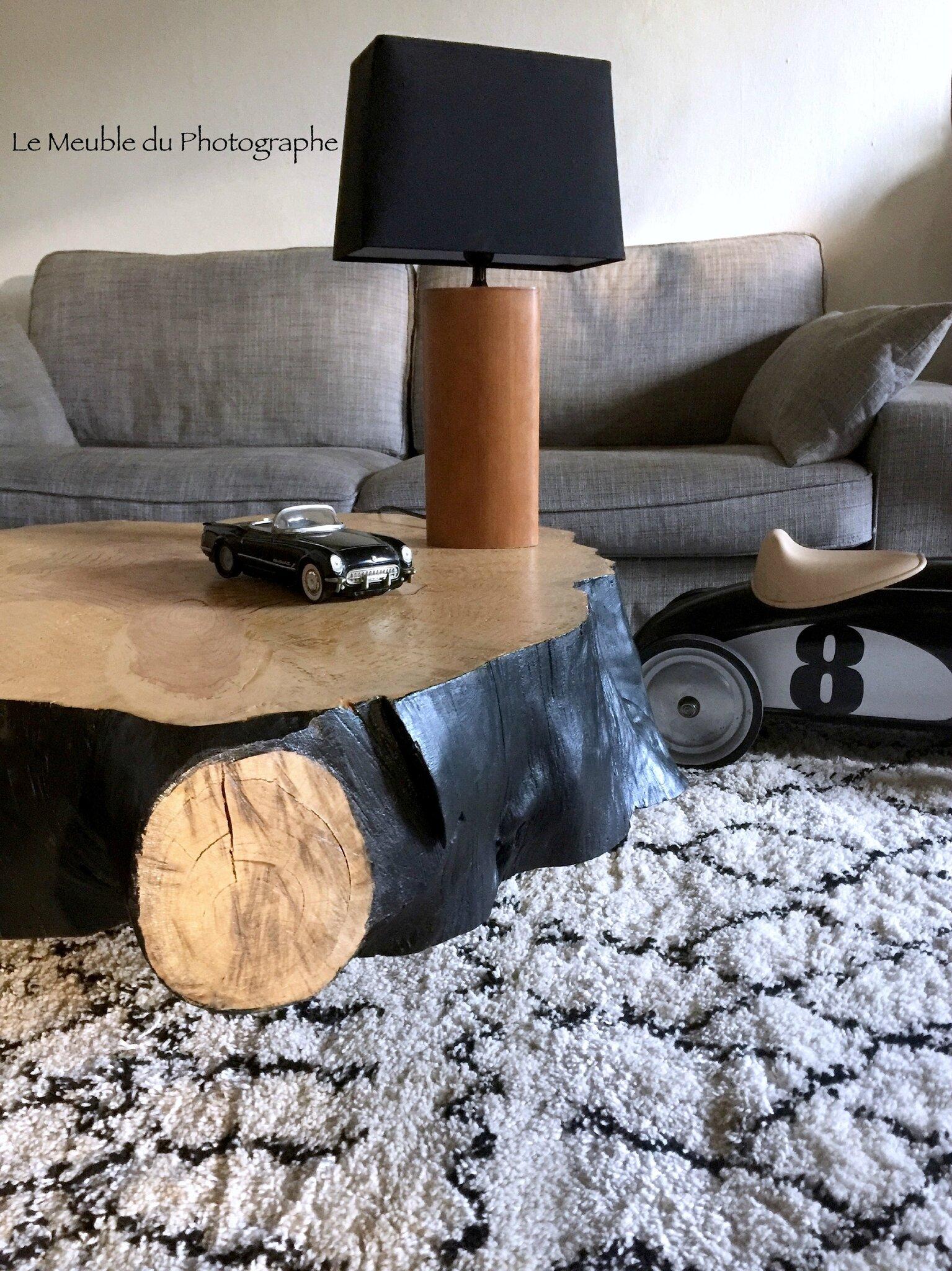 un table rondin 1m bois et noir sur