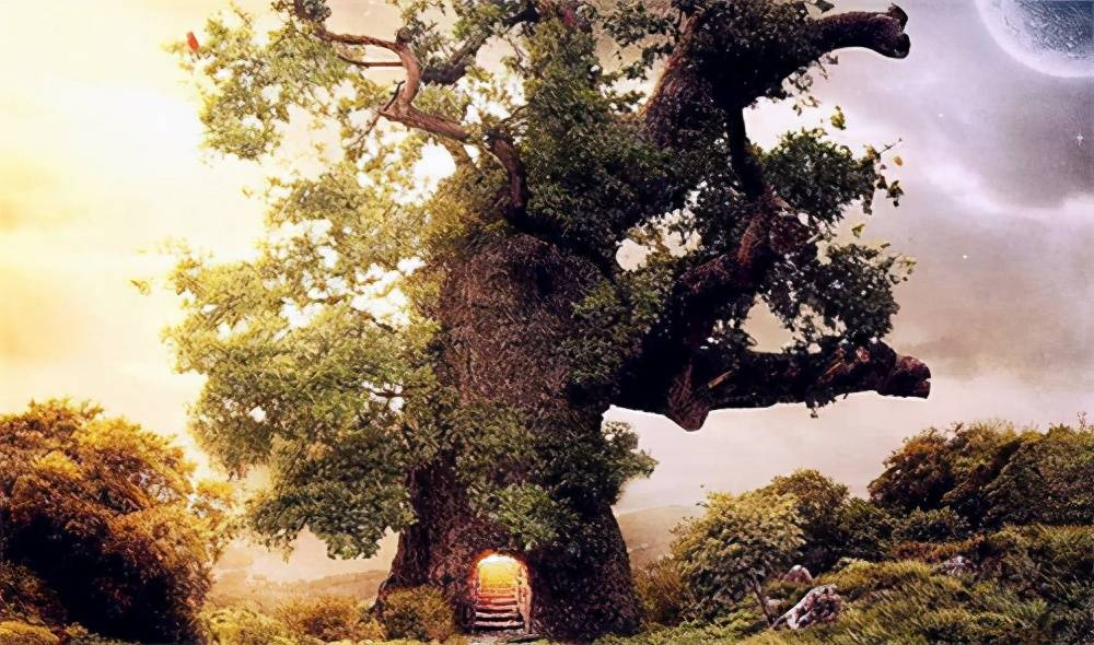 """原创             三星堆的青铜神树上,有一条""""马面""""龙,它真实的名字应该叫黄蛇"""