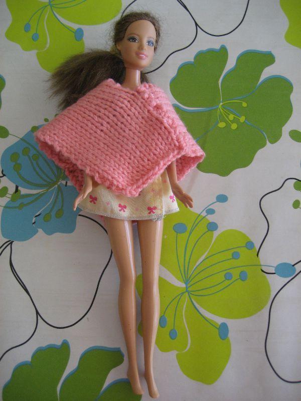 Vestiaire De Barbie Poncho Rose Tendre Vitrine Fe Maison