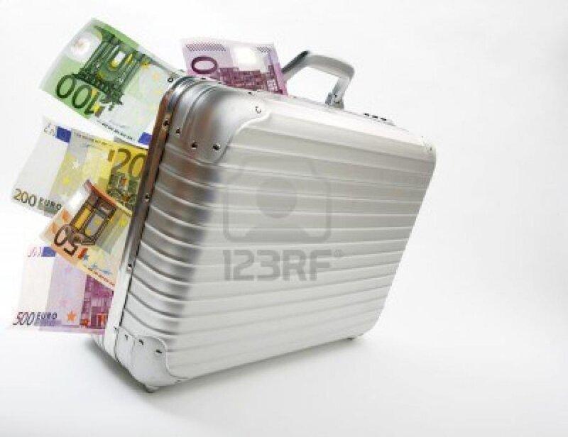la_valise_contenait_27_000_euros