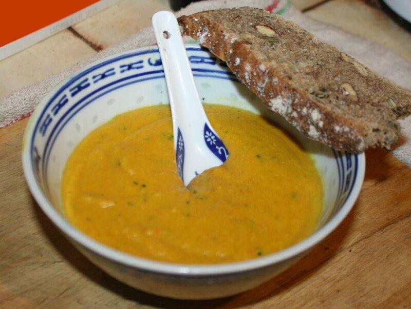 2014-01-24 crème de lentilles corail carottes et beurre de cacahuètes 2