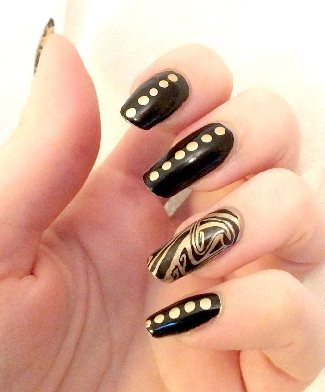nail-art-celtic-elf-kiko-mirror-dotting-tools-cheeky-jumbo-princess-charming-2013 (5)
